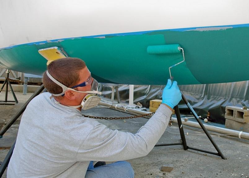 painting-boat-hull